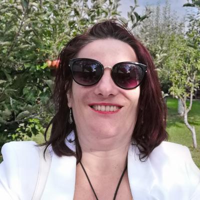 Angela Ghinea
