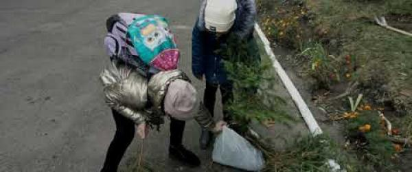 Embedded thumbnail for We plant trees. School 8 of Rivne (Ukraine)
